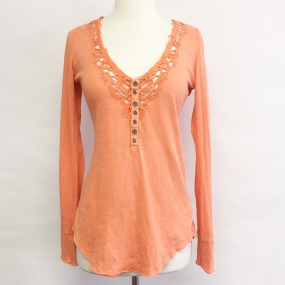 Free People Tops - free people | we the free lou legacy henley sz M